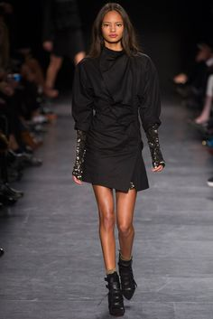 Isabel Marant Fall 2014 Ready-to-Wear Fashion Show - Malaika Firth (OUI)