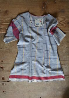 Hand-spun and handwoven #khadi tee-shirt by www.metaphorracha.com