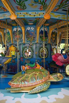 Carousel Riding | by Kuvamme Carosel Horse, Amusement Park Rides, Carnival Rides, Night Circus, Ocean Park, Wooden Horse, Painted Pony, Merry Go Round, Vintage Circus