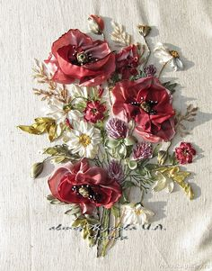 Wonderful Ribbon Embroidery Flowers by Hand Ideas. Enchanting Ribbon Embroidery Flowers by Hand Ideas. Embroidery Designs, Embroidery Applique, Embroidery Stitches, Machine Embroidery, Towel Embroidery, Floral Embroidery, Ribbon Art, Ribbon Crafts, Ribbon Flower