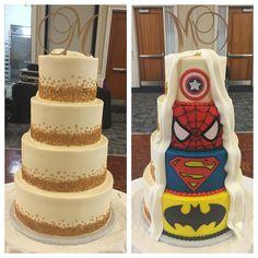 Gold confetti and superhero wedding cake Funny Wedding Cakes, Wedding Cakes With Cupcakes, Wedding Humor, Cake Wedding, Birthday Cupcakes, Wedding Shoes, Wedding Rings, Marvel Wedding, Batman Wedding