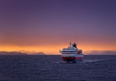 Passing MS Polarlys | John Jones | Hurtigruten ASA