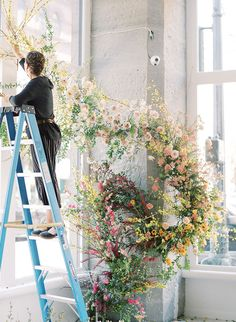This floral workshop from Layered Vintage was held in Seattle, and focused on floral installation designs with spring blooms all from local growers. Flower Decorations, Wedding Decorations, Floral Wedding, Wedding Flowers, Flower Bar, Flower Installation, Hanging Flowers, Spring Blooms, Arte Floral