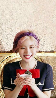 Kpop Girl Groups, Korean Girl Groups, Kpop Girls, Sana Momo, Twice Korean, Twice Fanart, Kids Poems, Twice Dahyun, Twice Kpop