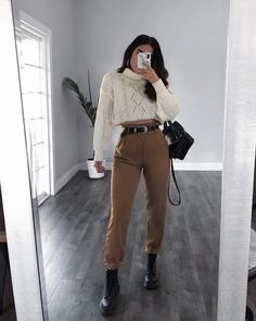 Mar 12 2020 - winter outfits hipster 32 fabulous college fall outfits youll want. - Mar 12 2020 – winter outfits hipster 32 fabulous college fall outfits youll want to copy this … - Winter Outfits For Teen Girls, Fall College Outfits, Cute Fall Outfits, Winter Fashion Outfits, Fall Winter Outfits, Look Fashion, Fasion, Trendy Outfits, Autumn Fashion