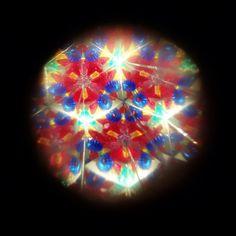 Licht door de caleidoscoop bekeken. #synchroonkijken #licht