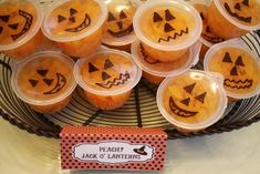 Peachy Pumpkins - cute snack for halloween party for kids. You could also do this with mandarin orange fruit cups...