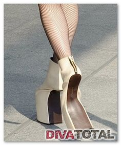 zapatos lady gaga