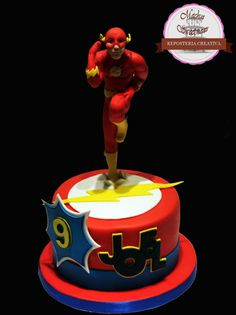 Flash Gordon cake -Tarta de Flash Gordon by Machus sweetmeats