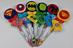 Lápis Com Ponteiras de Super Heróis | Atelier Belly | Elo7