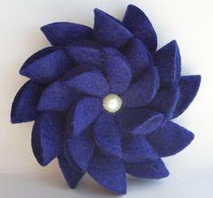 Felt Flower Pin (Royal Blue)