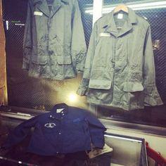 1968年【NEWOLD】FRANCE MILITARY 『SATIN300』JACKET デッドストック M64  フランス軍 サテン300 ジャケット Military Jacket, Men's Fashion, France, Jackets, Moda Masculina, Field Jacket, Mens Fashion, Man Fashion, Military Jackets