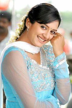 Vimala Raman new Photo Gallery Beautiful Bollywood Actress, Beautiful Indian Actress, Bollywood Bikini, Transparent Dress, Glamour Photo, Beautiful Saree, Beautiful Women, Beautiful Dresses, Tamil Actress