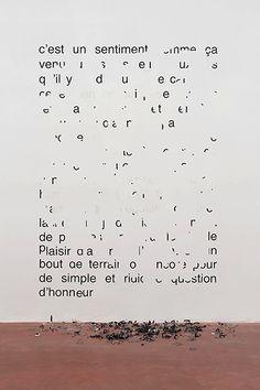 Latifa Echakhch im Linzer Lentos V Magazine, Graphic Design Typography, Graphic Art, Art Mots, Feuille A3, Latifa, Vitrine Design, Poesia Visual, Typo Poster
