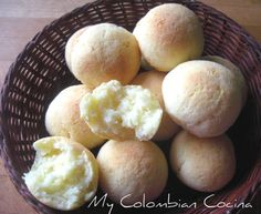 Almojábanas or Corn and Cheese Bread. Navidad colombiana, Colombia, recetas, recipes,
