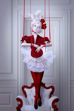 DeviantART Interview of the Week: The Macabre Art of Natalie Shau photo 2     Love the colors