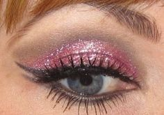 Burlesque Eye Makeup Inspired By Christina Aguilera