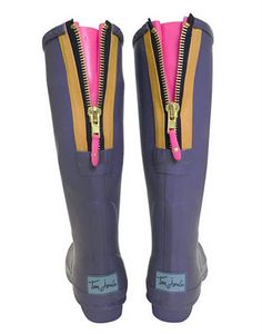 Rainboots! LOVE the back zippers with a teeny pop of color