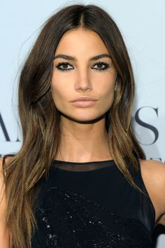 Lily Aldridge Long Center Part - Lily Aldridge stuck to her signature center-parted style when she attended the 'Angel' book launch.Lily Aldridge Long Center Part - Lily Aldridge Hair Looks - StyleBistro Types Of Brown Hair, Brown Hair Colors, Hair Colour, Lily Aldridge Hair, Lilly Aldridge, Pretty Hairstyles, Straight Hairstyles, Brilliant Brunette, Beauty Hacks For Teens