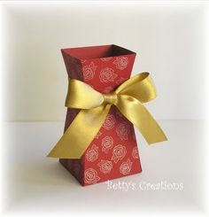 Paper vase with template - Bettys-creations: August 2011