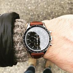 """Gefällt 408 Mal, 3 Kommentare - Worn & Wound (@wornandwound) auf Instagram: """"Speedy on the wrist this morning #wornandwound"""""""