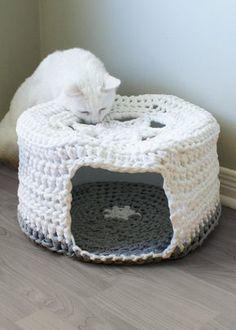 """PATRÓN de Crochet DIY - camiseta grueso hilo Pet cueva / la cama del gato, Tarn, camiseta de hilo (diámetro de 16"""" y 8"""" de alto)"""