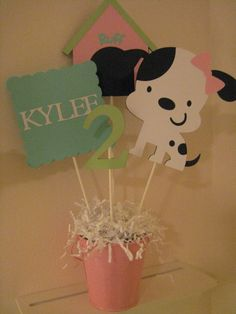 Puppy Centerpiece by PinkPaperCottage on Etsy, $8.00