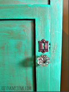 Emerald end table with metallic wax and a faux key hole from Hobby Lobby