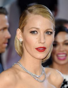 #BLAKE #LIVELY #SERENA #VAN #DER #WOODSEN #GOSSIP #GIRL #NEWYORK #MANHATTEN #STYLE #FASHION #RYAN #REYNOLDS