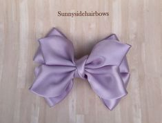 Orchid Purple Boutique hairbow, Orchid bow Clip, Orchid ponytail bow, Orchid Stacked Bow, Girls Orchid bow, Large Orchid hair bow by SunnySideHairBows on Etsy #hairbow #hairbows #boutiquehairbows #purplehairbows #hairaccessories #butterflyhairbow Blue Hair Bows, Flower Hair Bows, Ribbon Hair Bows, Bow Hair Clips, Bow Clip, Flower Headbands, Ribbon Flower, Diy Headband, Fabric Flower Brooch