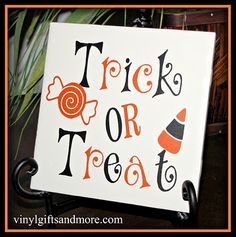 My new favorite website--vinyl lettering for super Saturday crafts