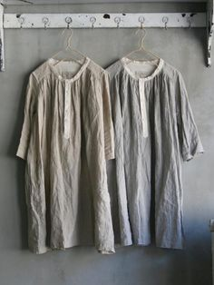 0c7f7c0feb Vlas Blomme Dress 131192 light grey only on right at LeslieJane