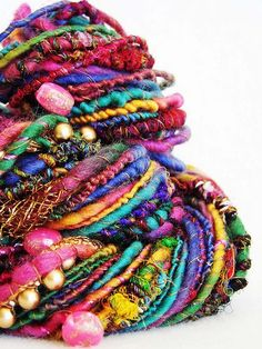 "umla: "" (via Handspun Art Yarn - Sitara by Yarnmantra Spinning Wool, Hand Spinning, Textiles, Yarn Inspiration, Yarn Stash, Art Textile, Yarn Bombing, Yarn Projects, Hand Dyed Yarn"