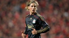 Fernando Torres of Liverpool in action during the UEFA Europa League quarter final first leg match between Benfica and Liverpool at Estadio da Luz Stadium on April 2010 in Lisbon, Portugal. World Cup Games, Europa League, Soccer Players, Liverpool, Athlete, Punk, Legs, Hot, Spain