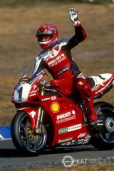 Carl Fogarty, Ducati a Hockenheim Ducati 996, Ducati Superbike, Ducati Motorcycles, Suzuki Motorcycle, Moto Car, Moto Bike, Valentino Rossi, Grand Prix, Ducati Monster