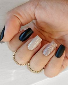 Nails tend to copy Today's post is a post those rapidinhos but full of ideas for you to copy! 17 separate inspirations nails for v . Perfect Nails, Gorgeous Nails, Stylish Nails, Trendy Nails, Nail Art Designs Videos, Nail Designs, Fire Nails, Minimalist Nails, Glam Nails
