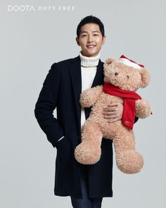 Song Joong Ki bundled up in knits and posing with his teddy is all you need to see today Song Joong Ki Photoshoot, Gentleman Songs, Dramas, Song Joon Ki, Park Hae Jin, A Werewolf Boy, Songsong Couple, Yoo Ah In, Hallyu Star