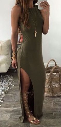 Split Maxi Dress Gladiator sandals are the perfect accessory for summer outfits!Gladiator sandals are the perfect accessory for summer outfits! Outfits Damen, Komplette Outfits, Stylish Outfits, Fashion Outfits, Womens Fashion, Dress Fashion, Fashion Trends, Ladies Fashion, Fashion Ideas