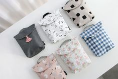 The Conitale Diaper Tote Bag is one of many adorable and functional products in the MochiThings collection. Discover and learn more about it today! Baby Sewing Projects, Sewing For Kids, Couture Bb, Stroller Bag, Diaper Clutch, Wet Bag, Cute Tote Bags, Baby Diaper Bags, Simple Bags