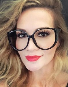 Buy Oversized Glasses and Extra Large Glasses Frames Online Glasses Frames Trendy, Cute Glasses, New Glasses, Cat Eye Glasses, Ladies Glasses, Glasses Style, Womens Glasses, Lunette Style, Oversized Glasses