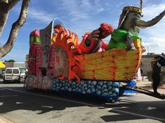 Il Carnevale che non t'aspetti o quasi. Dolci, usanze e sfilate di carri allegorici del Carnevale a Malta. Ecco come festeggiano i maltesi