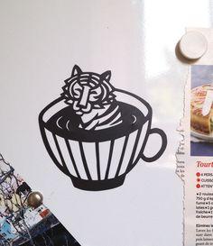 Aimant découpé Tigre - Cut out magnet of tiger - Fridge decoration de la boutique AnastassiaElias sur Etsy