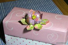 How to Make a Simple Origami Lotus Flower in 7 Steps