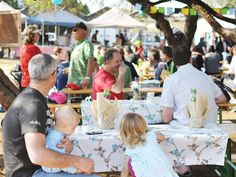 A list of the best inner-city and suburban markets in Pretoria where food lovers can gather for farm-fresh produce, street food and more. Pretoria, South Africa, Marketing, Eat, Restaurants, Food, Activities, Country, Essen