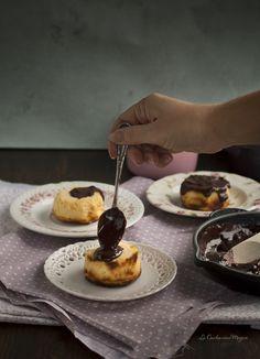 Pasteles de tarta de queso con chocolate