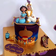 Magic Carpet Ride: Join Jasmine and Aladdin on a magically edible carpet ride… Jasmine Birthday Cake, Jasmine Cake, Aladdin Birthday Party, Disney Birthday, Aladdin Cake, Princess Jasmine Party, Character Cakes, Disney Cakes, Cute Cakes