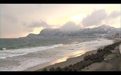 映画『書くことの重さ』:image005 Beach, Water, Outdoor, Gripe Water, Outdoors, The Beach, Beaches, Outdoor Games, The Great Outdoors