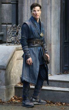 Benedict BTS of Doctor Strange, filming in New York...