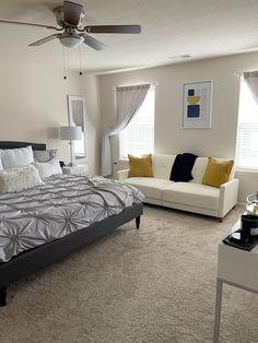 Room Ideas Bedroom, Dream Bedroom, Bedroom Decor, Woman Bedroom, Bed Room, Mtv Cribs, First Apartment Decorating, Apartment Ideas, Dorm Rooms