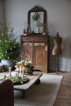 Magical Christmas, Cozy Christmas, Christmas Deco, Muebles Shabby Chic, Image Deco, Interior Decorating, Interior Design, My New Room, Christmas Inspiration